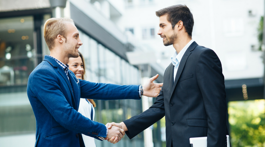 22 Tips for Making a Great Impression at Your New Job