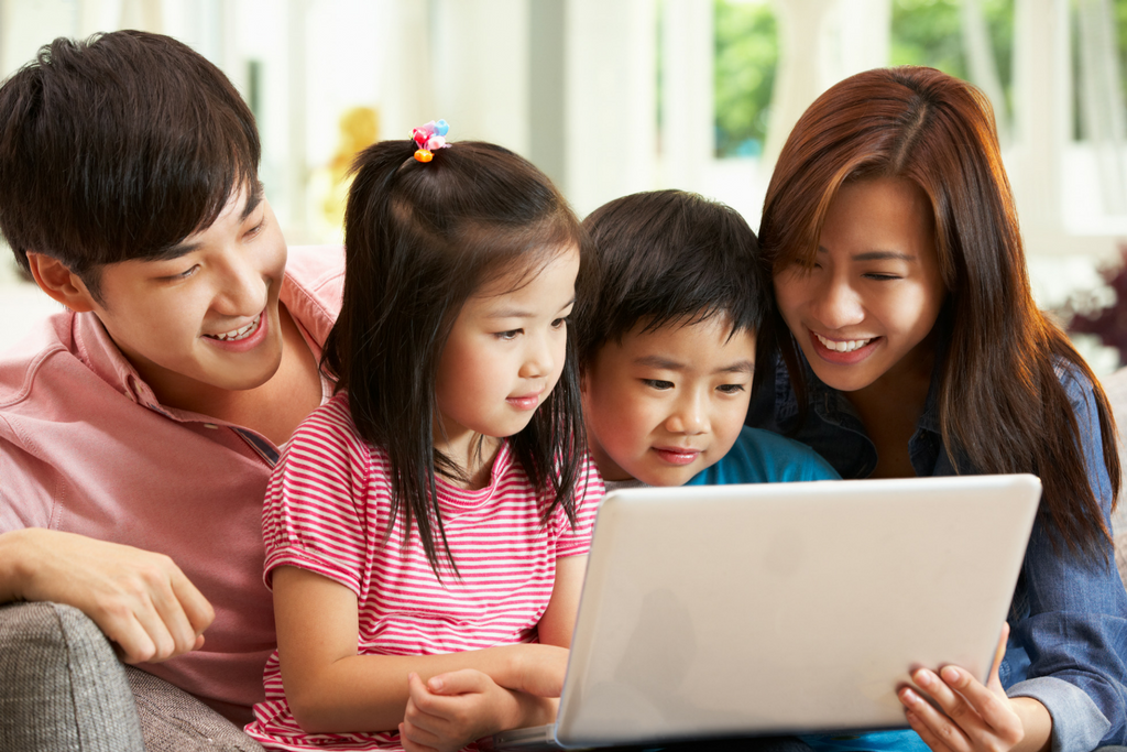 practical ways to teach your kids about money